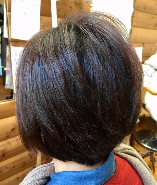 癖毛はキュビズムカットとヘナで素敵になります