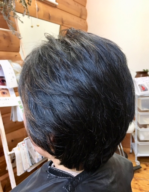 癖毛と骨格の歪も補正できるキュビスムカット