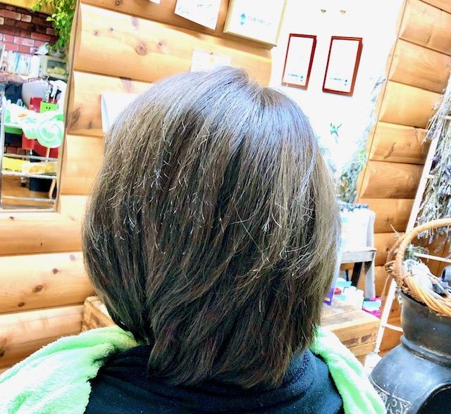 ボロボロの髪をキュビズムカットで修正