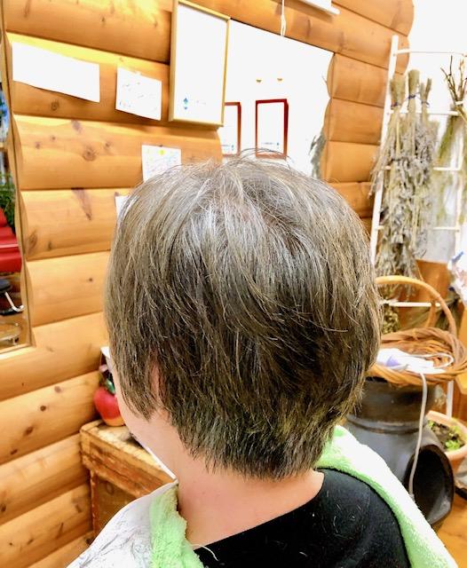 薄毛の悩みもキュビズムカット